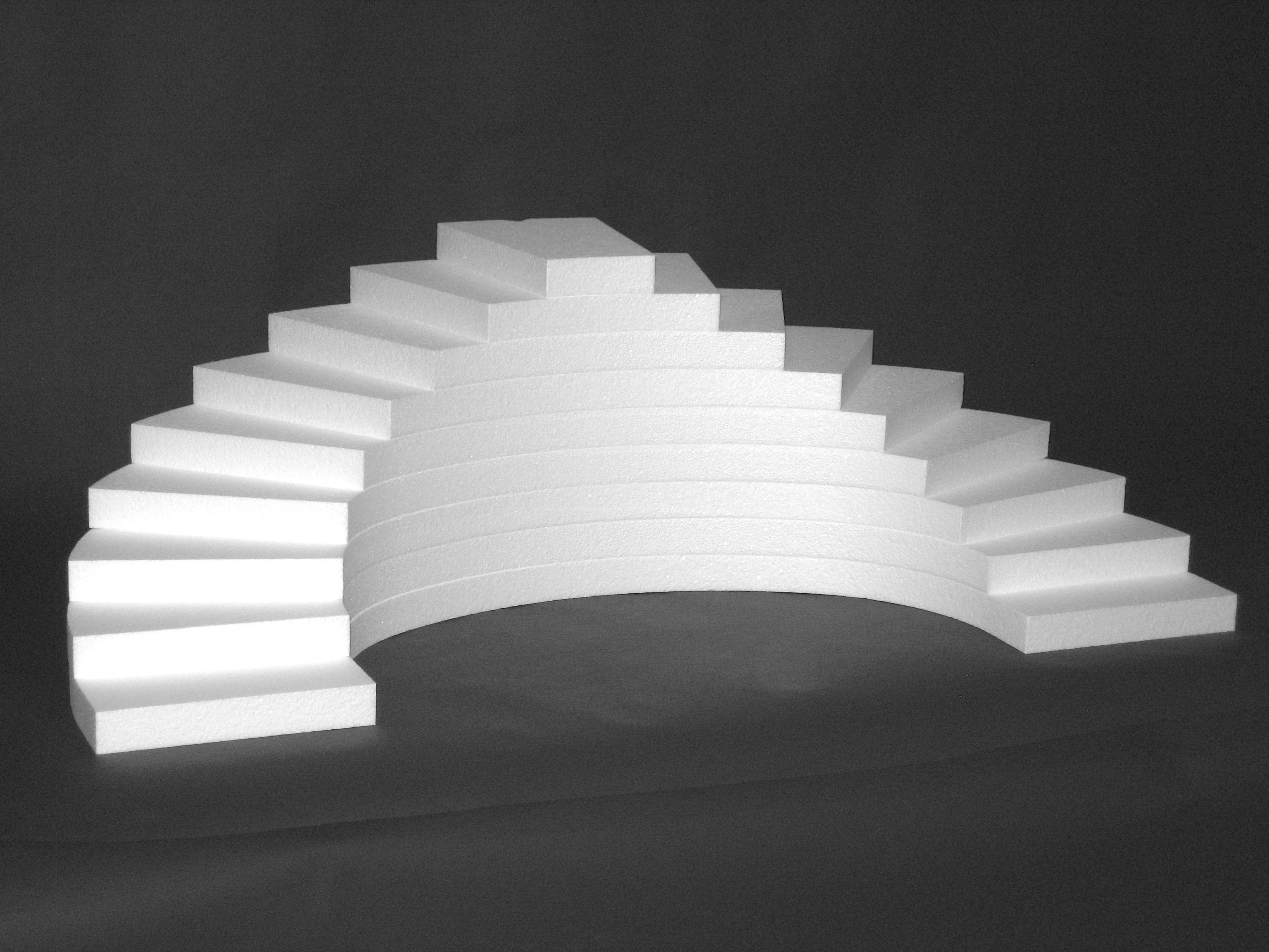 Pr sentoir escalier traiteur en polystyr ne mjpro for Equipement pour traiteur